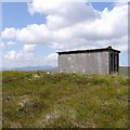 NH2918 : Concrete hut, by the power line track above Dundreggan : Week 29