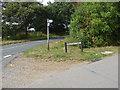 SU8573 : Westleymill junction by Alan Hunt