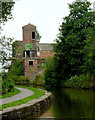 SJ8649 : Canal and  Middleport Mill , Stoke-on-Trent by Roger  Kidd