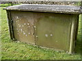 ST7469 : Vault with a fine script by Neil Owen