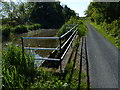 NT1670 : Union Canal towpath and overflow by Mat Fascione
