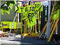 NZ2913 : Railway speed restriction signs : Week 35
