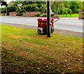 SJ6550 : Royal Mail delivery trolley, Audlem Road, Nantwich : Week 41