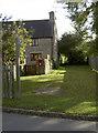 ST7376 : Path to Healey Court Farm by Neil Owen