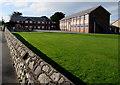 SH5800 : Ysgol Uwchradd Tywyn by Jaggery