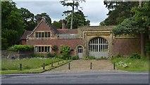 TQ5346 : Penshurst Lodge & Gateway by N Chadwick