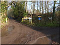 TQ2216 : Crossing of footpaths at Bylsborough by Shazz