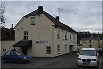 SX4660 : Queens Arms by N Chadwick