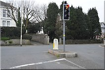 SX4856 : Higher Compton Rd, B3250 junction by N Chadwick