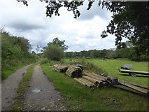 SS5500 : Farm track (bridleway) to Medland and Hatherleigh by David Smith