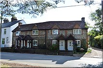 SU8595 : Flint built cottages, Littleworth Rd by N Chadwick