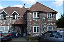 SU8594 : Flint built cottage, off Littleworth Rd by N Chadwick