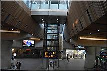 TQ3380 : London Bridge Station by N Chadwick