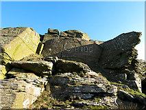 ST0085 : Carved rock by Gareth James