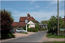 SU7810 : The Barley Mow pub, Walderton by Martyn Pattison