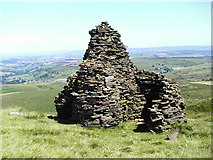 SE0332 : Cairn on Nab Hill by John Illingworth