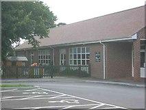 TL2110 : Green Lanes Primary School  Hatfield by Jack Hill