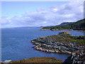 NR7389 : Carsaig Island by Tony Page