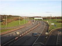 NS5361 : M77 Junction 2, Pollok, Glasgow by Iain Thompson