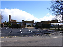 SU8997 : Holmer Green First School by Andrew Smith