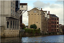ST7464 : Converted warehouses, Westmoreland, Bath by Pierre Terre