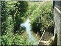 SP9723 : Ouzel Brook, Stanbridgeford by Rob Farrow