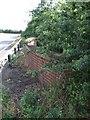 SP8417 : Rowsham Bridge by Rob Farrow