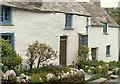 SX0990 : Boscastle, Cottages in Fore Street by Neil Kennedy