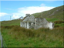 L7084 : Old Cottage at Gleann, Clare Island by Steve Edge