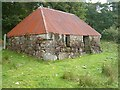 NM9056 : Red-roofed bothy by Patrick Mackie