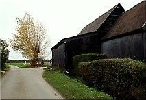 TL8243 : Hubbard's Farm by Robert Edwards