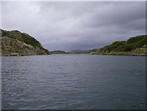 NR7186 : Channel between Eilean nan Coinean and Eilean Fraoich. by Tony Page