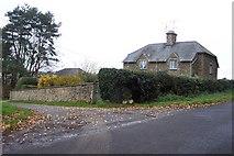 SP2625 : Cottages at the entrance to Slade Farm, Kingham by Jonathan Billinger