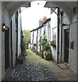 SJ7578 : Cobbled mews Knutsford, off King Street by Pauline Eccles