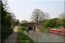 SU2764 : Bedwyn Church Bridge and Lock No 64, Kennet and Avon Canal by Dr Neil Clifton