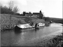 SU0563 : Paddle wheel propelled narrow boat, Kennet and Avon Canal by Dr Neil Clifton