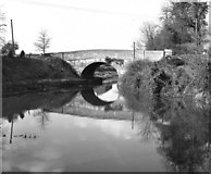 SU0161 : London Road Bridge, Devizes, Kennet and Avon Canal by Dr Neil Clifton