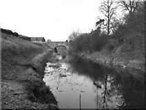 SU0061 : Cemetery Road Bridge, Kennet and Avon Canal, Devizes by Dr Neil Clifton