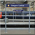 NS5865 : Glasgow Central by Thomas Nugent