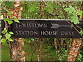 NJ5600 : Sign for Lewistown and Station House Dess by Stanley Howe
