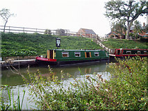 SU0363 : Moorings near the Bridge Inn, Horton, Kennet and Avon Canal by Dr Neil Clifton