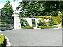 N9008 : Entrance gate to the stud by James Allan