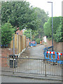 SK4035 : Footpath off Nottingham Road by Alan Murray-Rust