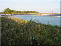 TR3153 : Farm reservoir by Nick Smith