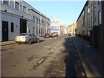 TQ3283 : B144 Eagle Wharf Road by Oxyman