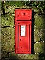 NZ0158 : Edward VII postbox, Healey by Mike Quinn
