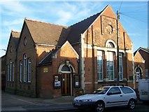 TQ7369 : Peninsula Methodist Church, Strood by David Anstiss
