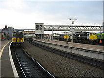 O0974 : Railcar and locomotives at Drogheda station by Tom Nolan