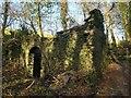 SX7666 : Ruined mine building, Penn Recca by Derek Harper