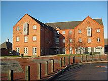 TA2609 : Alexandra Dock Business Centre, Grimsby by David Wright